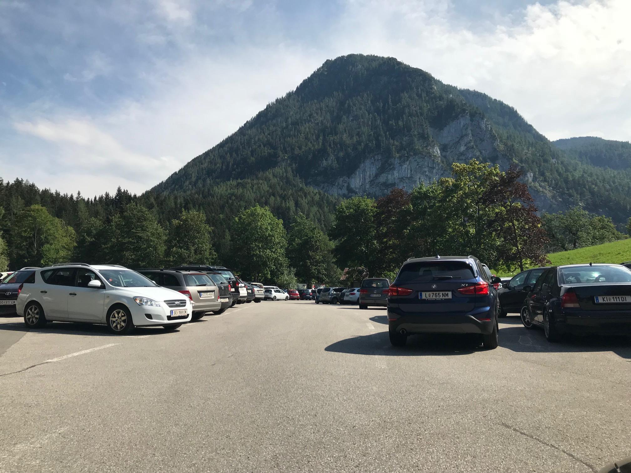 Parkplatz Aufstieg Dümlerhütte